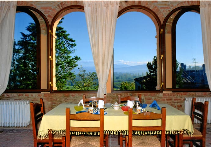 Tuscany country b&b near  Siena  - Buonconvento