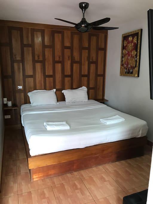 Bedroom rm 5
