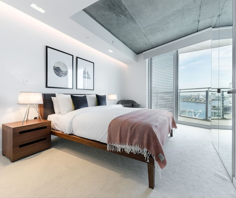MASTER BEDROOM: Snooze in style and comfort