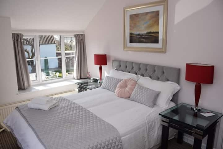 Lovely room in heart of Cheddar B&B