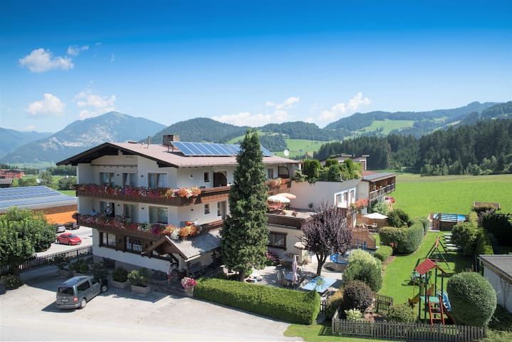 Angerer Familienappartements Tirol Family Suite