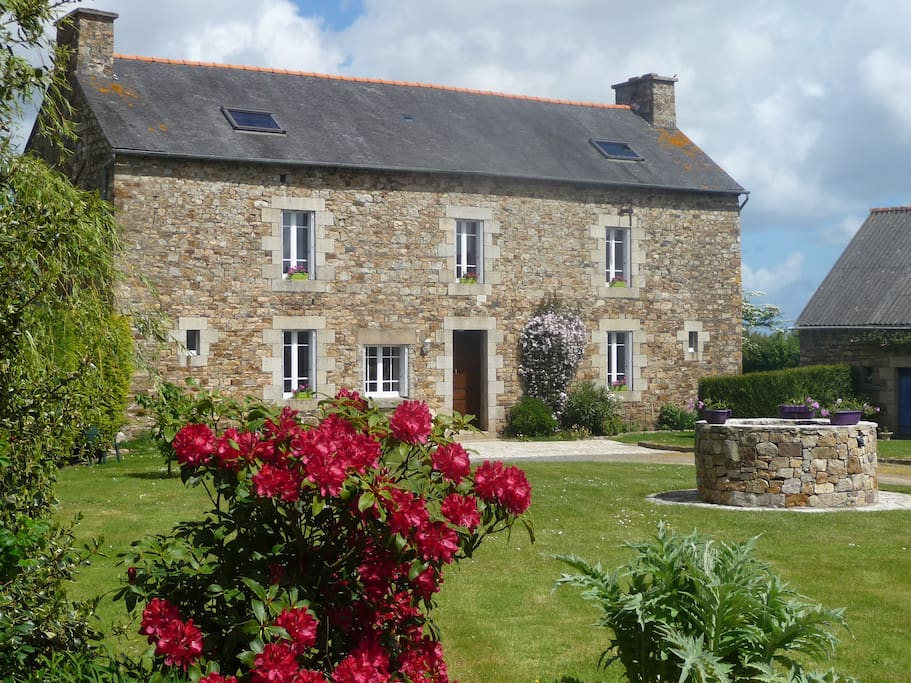 Chambre d 39 h tes g paimpol plourivo houses for rent in for Chambre d hote brittany