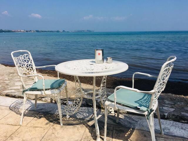 Angy House piscine, vigneti, relax e lago di Garda