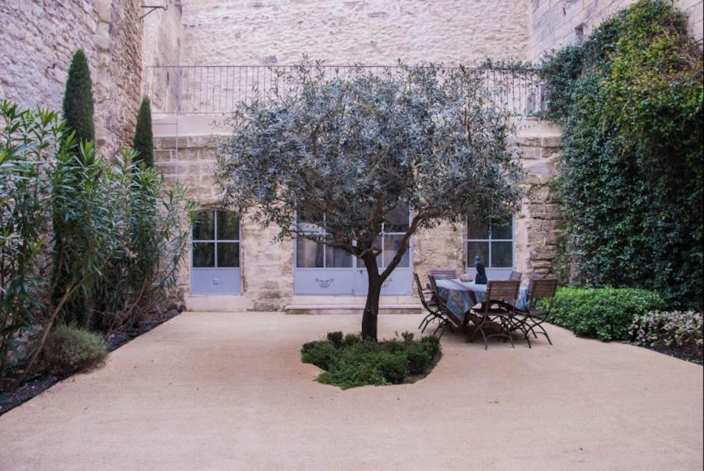 Private courtyard with outbuilding at the back (view from ground floor living room)