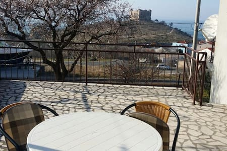 Apartment with 2 beedrooms &balcony - Senj