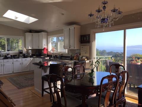 San Francisco Bay Area Ocean View, sleeps 10, 5 BR