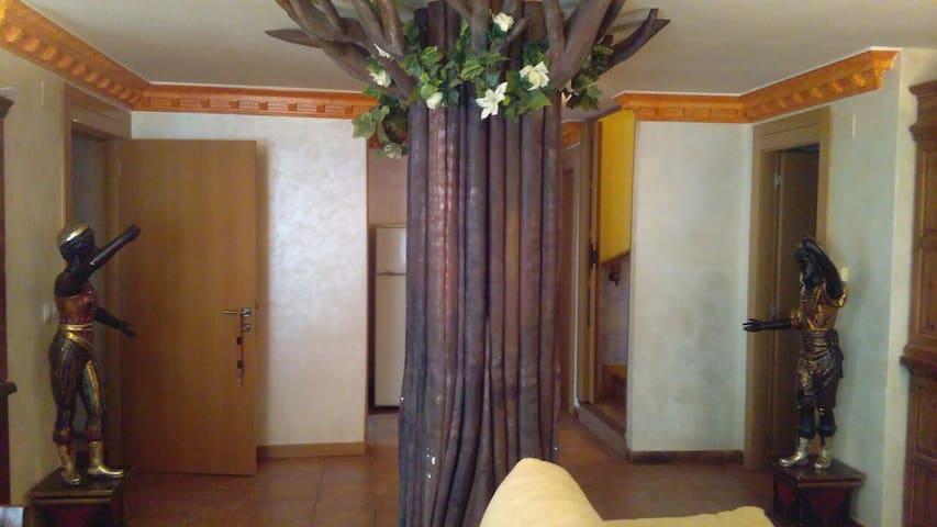 La Casa de Vicky PARA GRANDES FAMILIAS - Fresneda de la Sierra Tirón - Hus