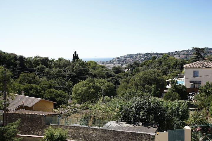BLEU LAVANDE - Niza - Casa