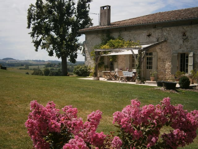 Stunning, high-quality farmhouse in Lot & Garonne - Beaugas - Talo