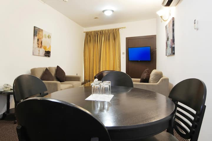 Suite Room In Hotel - Al Fahidi Dubai (UAE)
