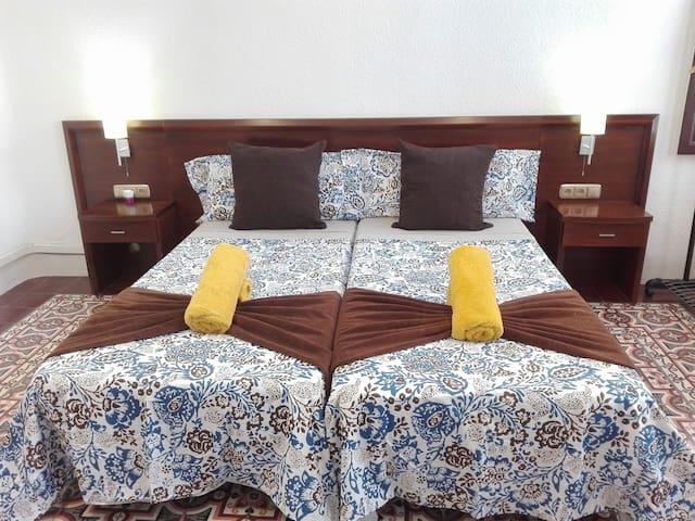 Room Center Gran Vía 1+Wifi+Key+Air