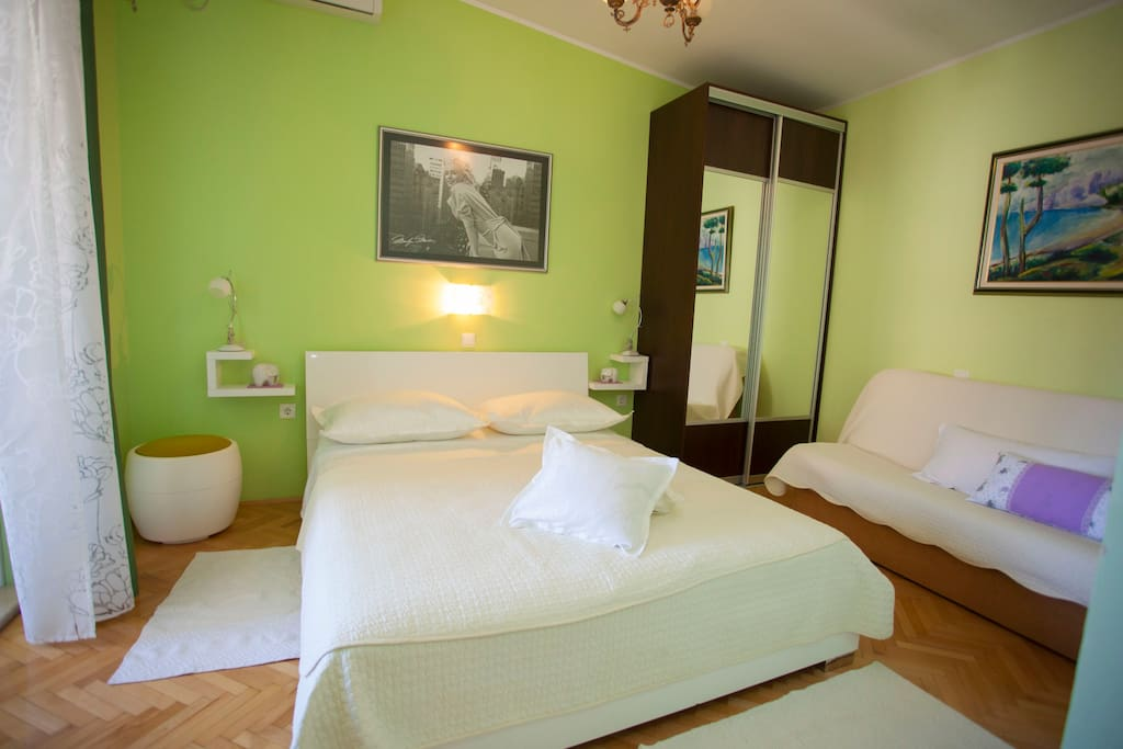 bedroom with air condition. Linen are provided. TV satellite and free WIFI