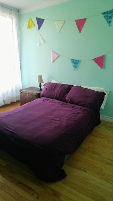 Nice, bright bedroom with double bed.