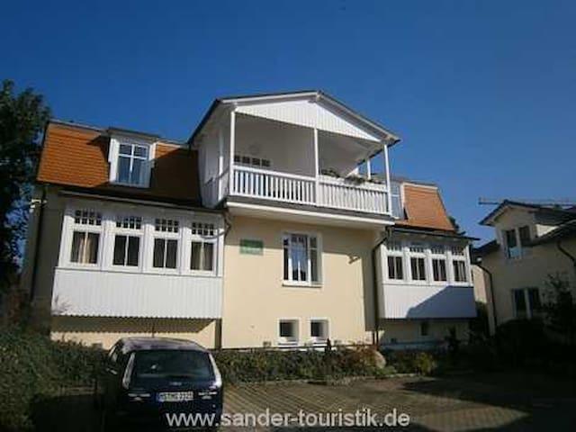 Haus Liebeskind, Wohnung 80 - Binz - Apartamento