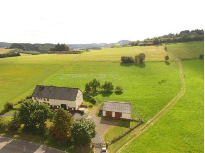 Gemütliches Bauernhaus mitten in der Natur