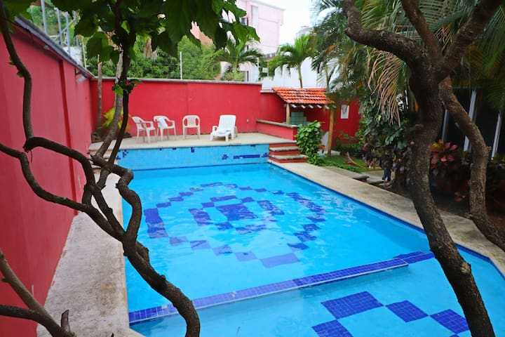 Stay 5 min from the Beach and Downtown Cancun