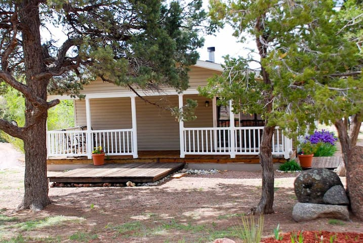Echo House at Royal Gorge Cabins