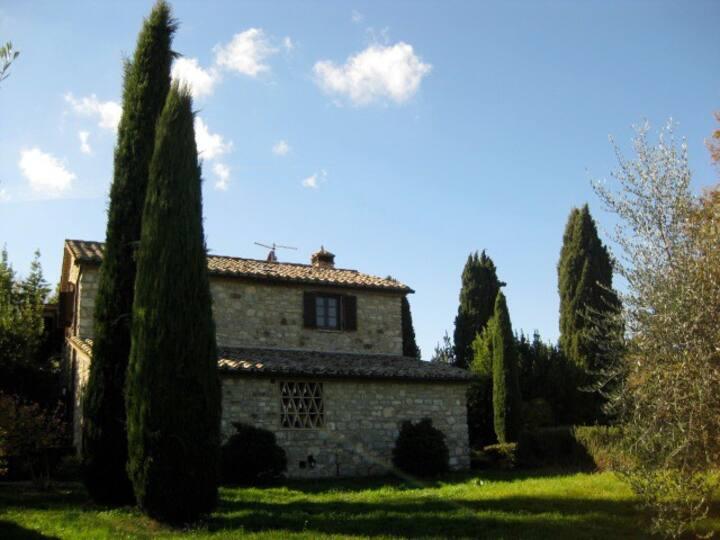 Rustic Tuscan Villa w/ Pool