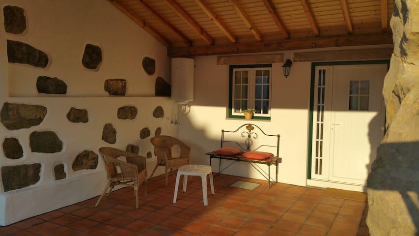 Cosy Cottage in Quinta da Fonte - Caldas da Rainha, Leiria - Villa