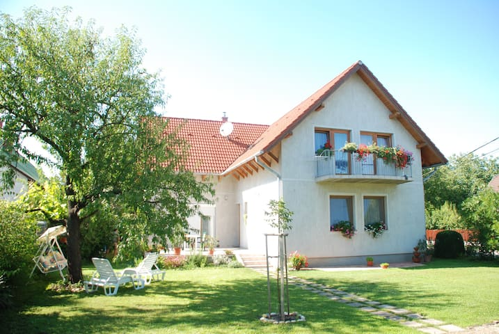 Balaton House Hungary - Balatonszabadi - House