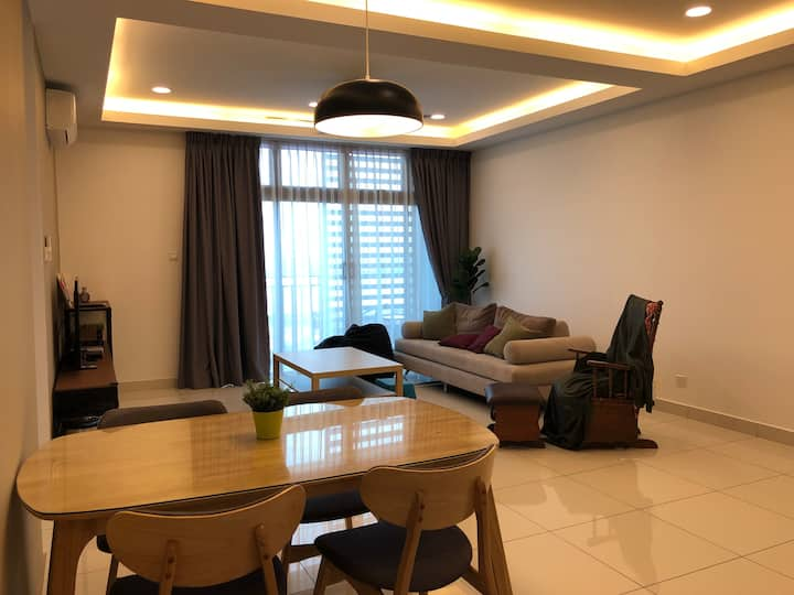 Citywoods Apartment (Sea View)