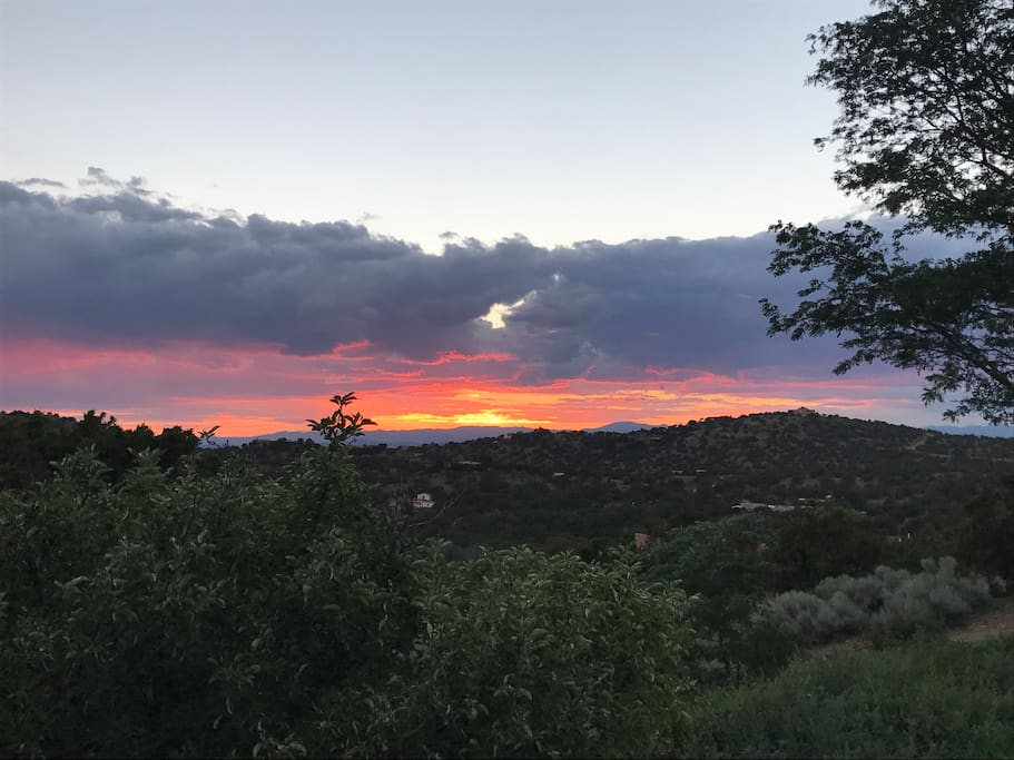 This sunset captured from the courtyard of Casita Cabra. Enjoy spectacular views stretching for hundreds of miles.