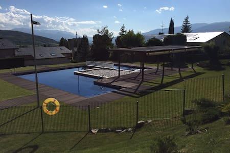 Apartamento con jardín y piscina - Osséja - Wohnung