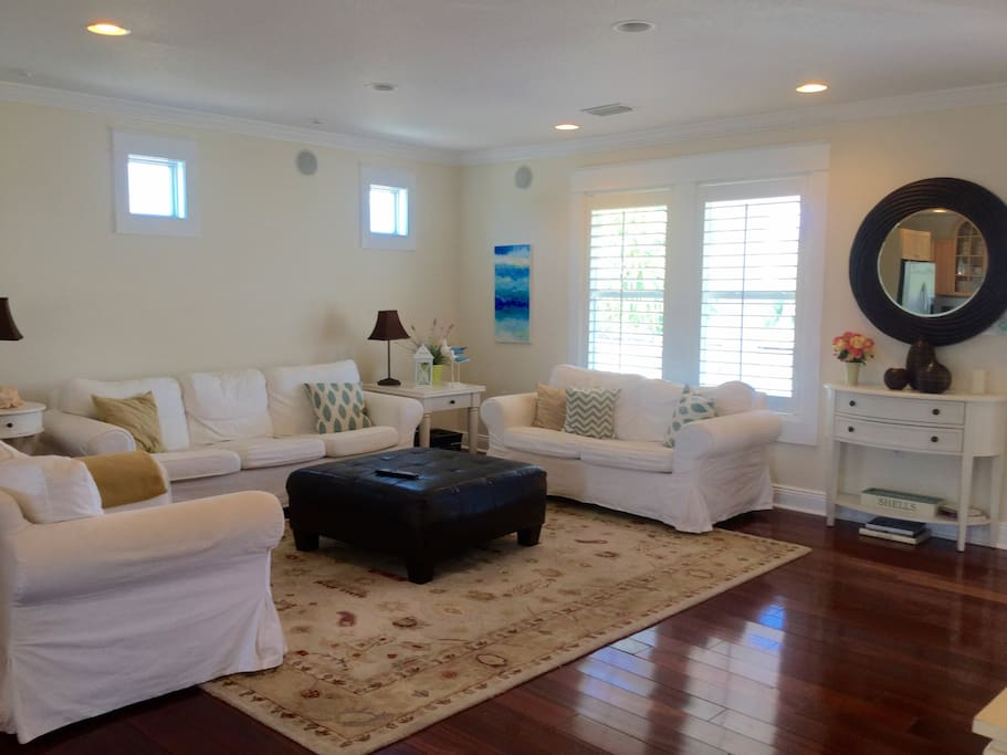 Comfortable family room, provides a cozy place to watch movies or to just spend time with your family and friends.