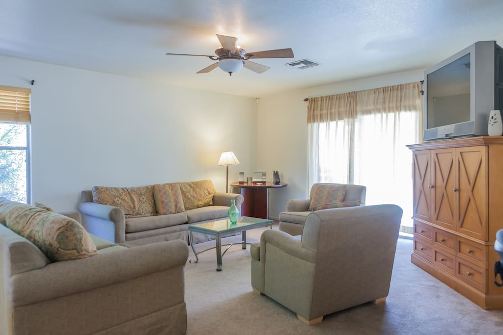 Cozy ample family room.equipped with two queen size sofa beds