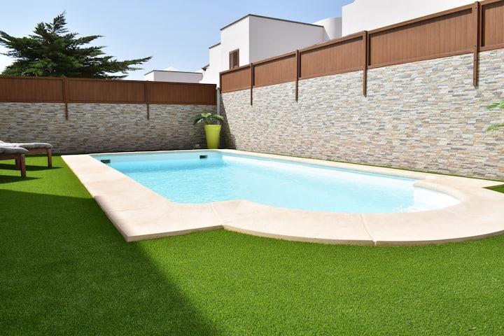 Casa Tilley Private Pool-Gym-Garden