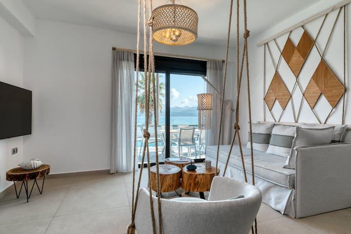 Elegant Suite with Private Pool