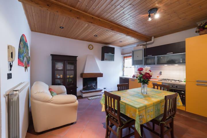 RAINBOW COUNTRY SIDE LODGE CAMPAGNA FIORENTINA - Figline e Incisa Valdarno - Lägenhet