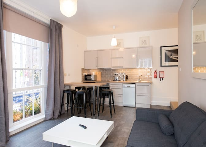 Living room+kitchen - 1