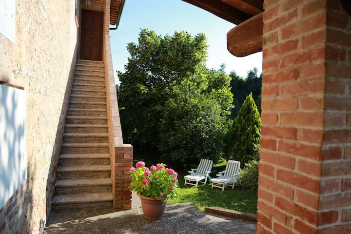 """Il Nespolino"" Tuscan Country House - เซียน่า"