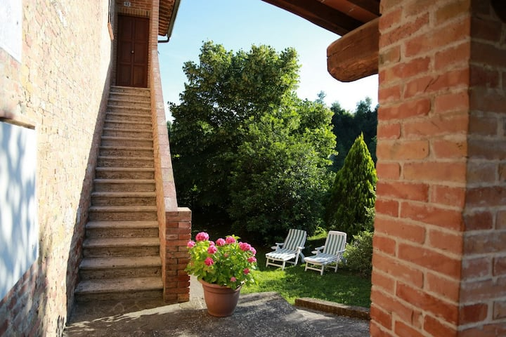 """Il Nespolino"" Tuscan Country House"