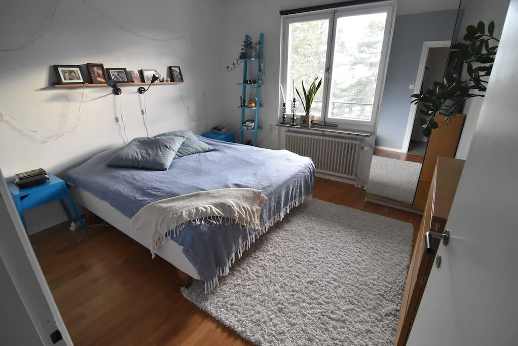 180wide cm bed