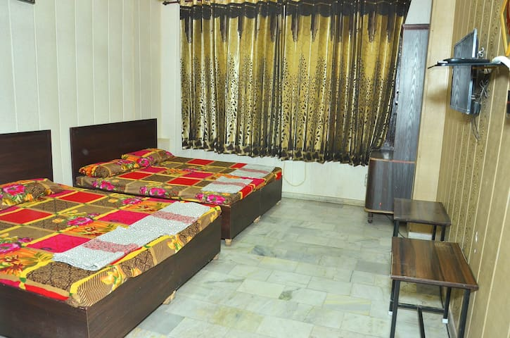 Prashar BnB home stay1 near golden temple Amritsar