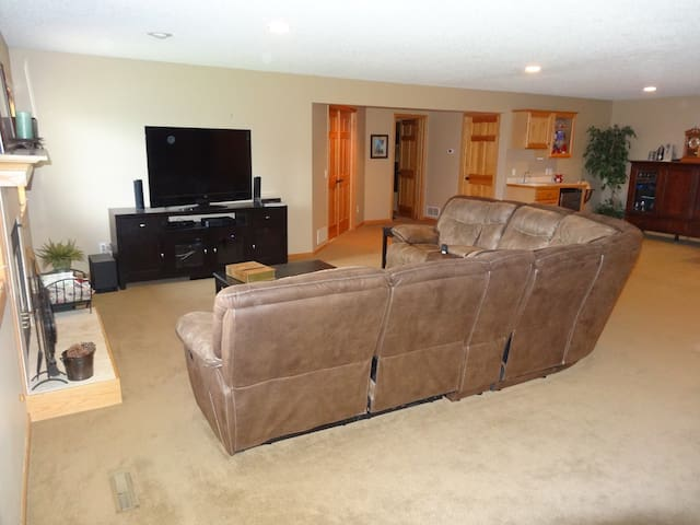 Huge entertainment space in the walk-out basement, including wet bar.