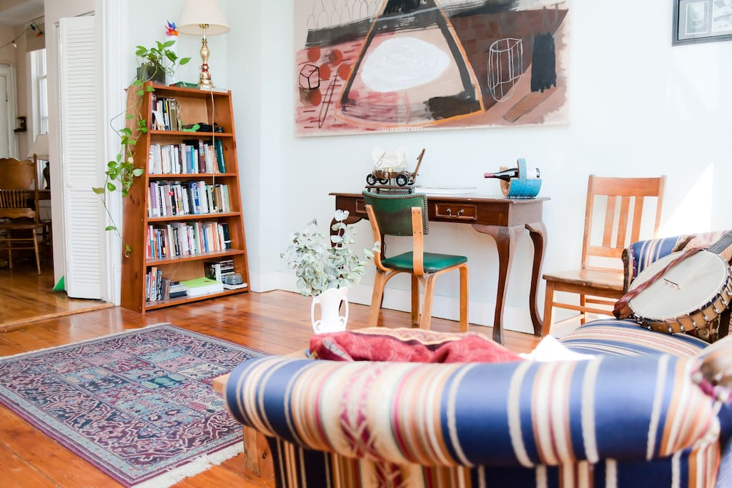 Eclectic 2BR w/ Vintage Charm