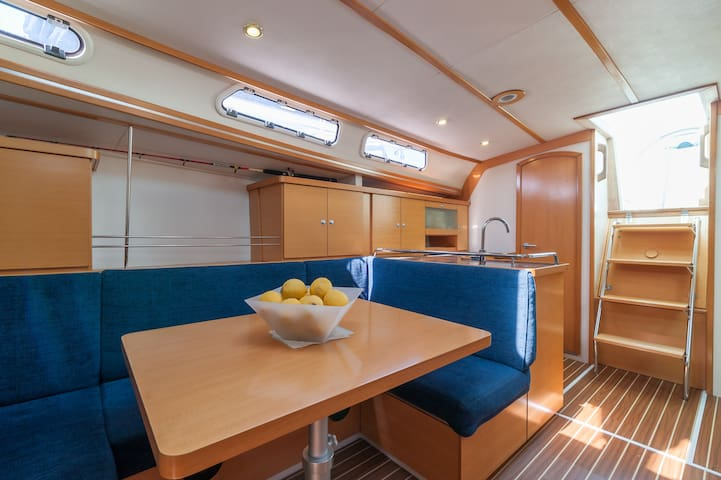 Suite cabin with private Bathroom