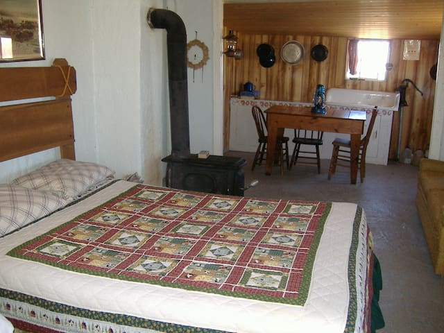 Cabin  has 2 full beds. (No bedding provided)
