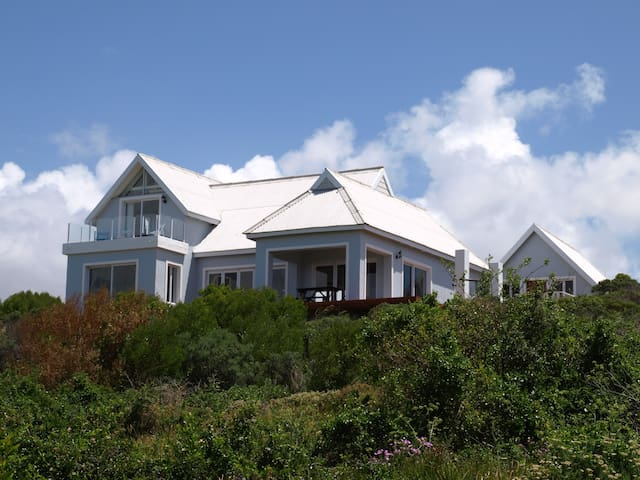 JACKPOT BEACH HOUSE - Cape Saint Francis - Hus