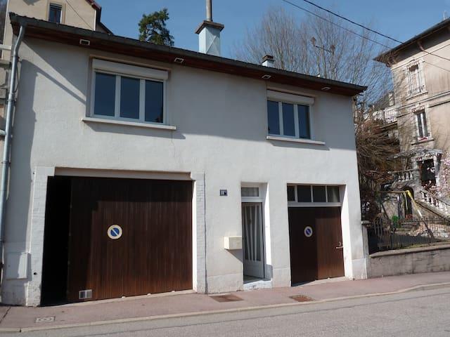 Maison particulière à Plombières les Bains - Plombières-les-Bains - Hus