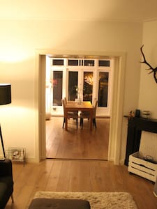 Fully furnitured classic '30s house (95 m2) - Utrecht