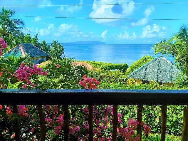 La Luna Beach Resort - 2 - Lemon Tree room