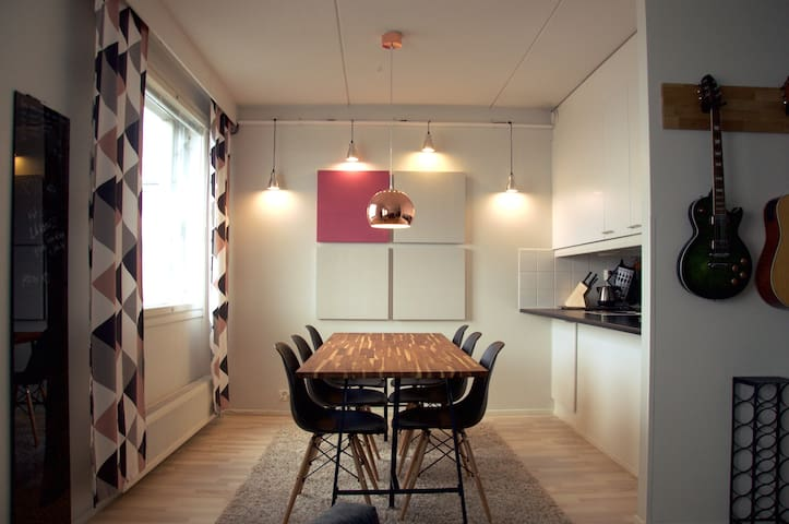 Scandinavian penthouse near center - Oulu - Apartamento