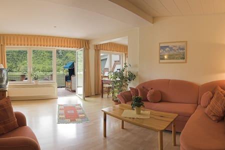 Wohnung mit Mosel Panoramablick - Bullay