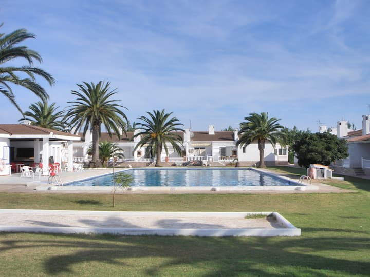 Apartamento con piscina Delta del Ebro.