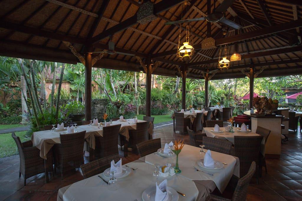 Bale Banjar Restaurant
