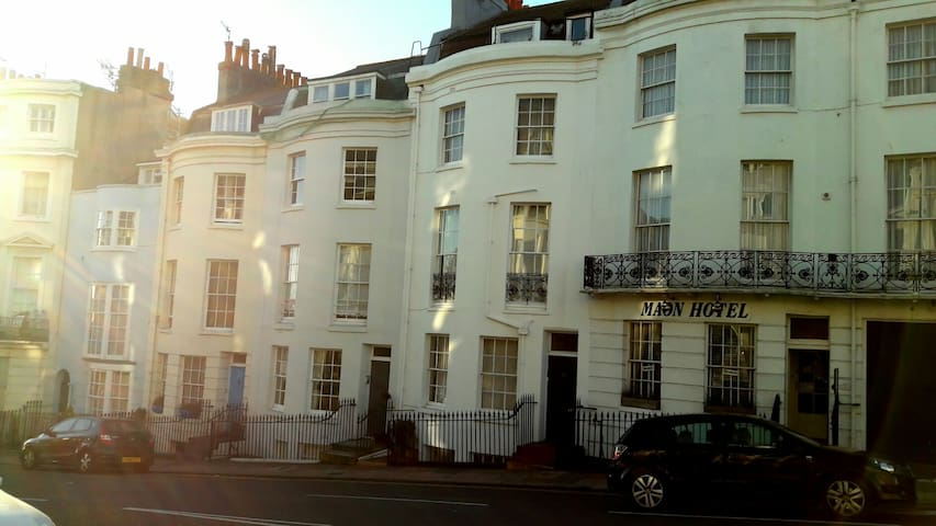 Luxurious, Family Friendly Ground Floor Flat - Brighton and Hove - Byt
